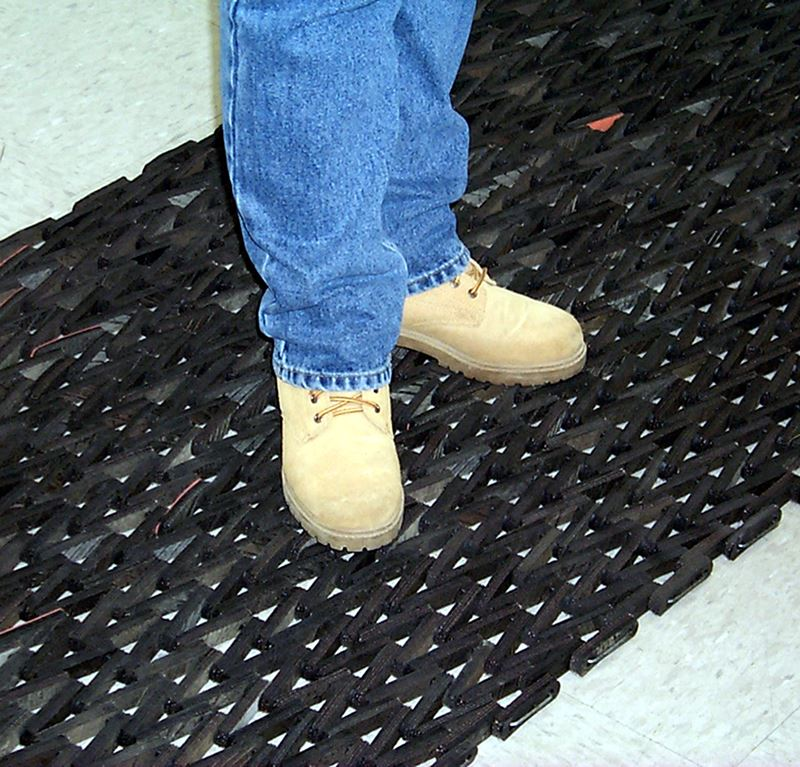 Durite 108 Heavy Duty Recycled Tire Link Mat Mats Amp Flooring
